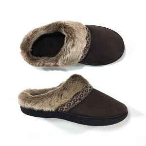 Isotoner Aria Suede Slippers Size 8.5-9
